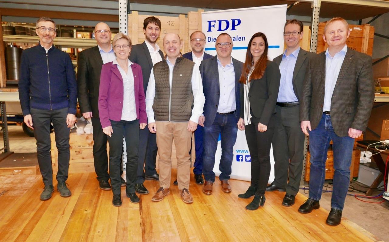 6 Ortsparteien laden zur Firma Imbach in Nebikon ein!